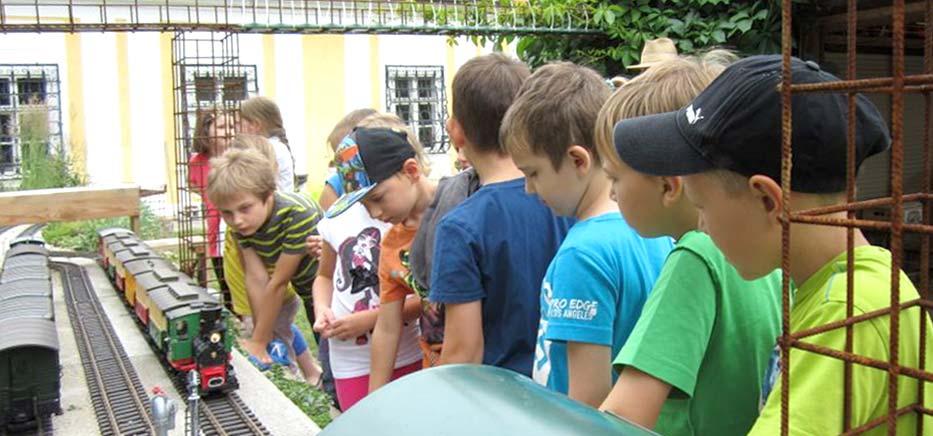 LGB-Gartenbahn-Kinder